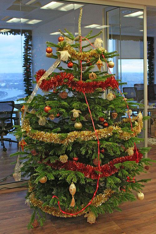 Дизайн украшения новогодней елки